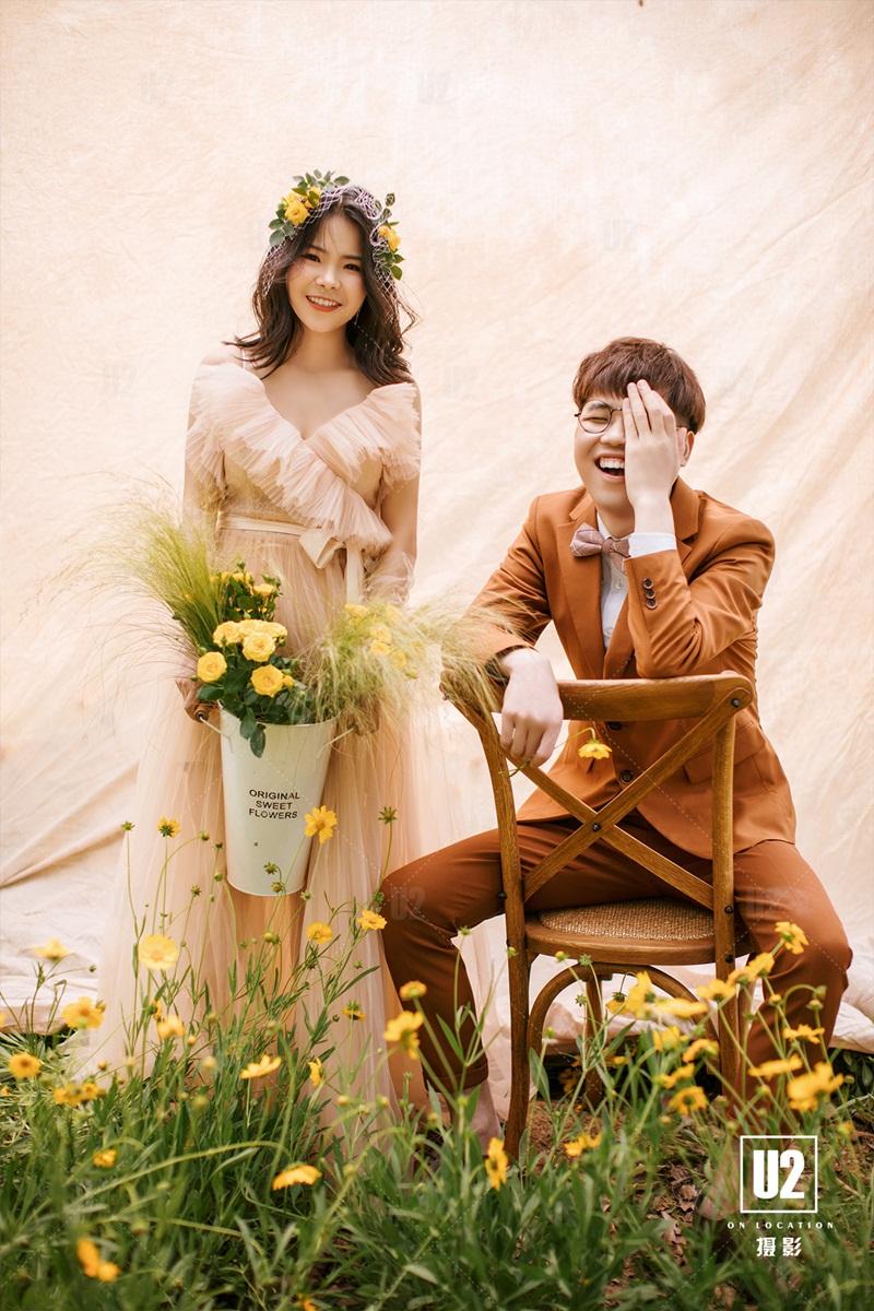 【十堰婚纱摄影】教你怎么搭配拍婚纱照的服装