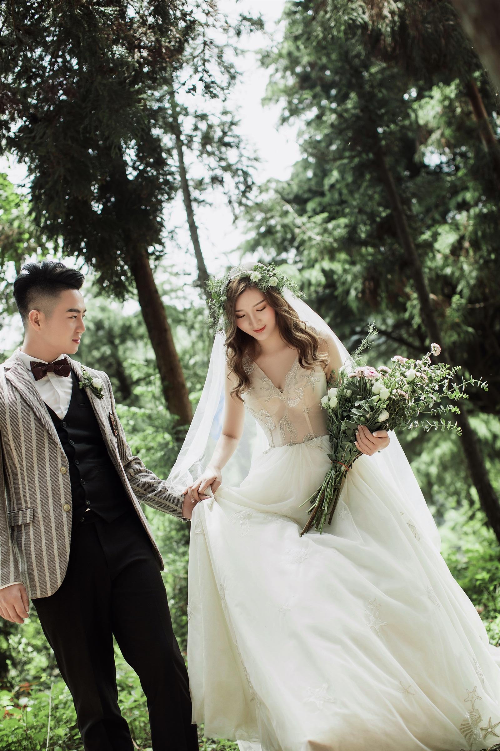 【十堰婚纱摄影】旅拍婚纱照:生活本就不易,努力做最真实的自己